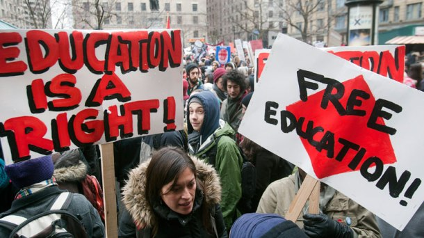 800_cp_montreal_student_protest_120223